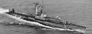 Black & white photo of USS Requin in ocean